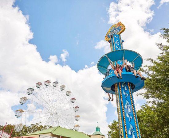 aussie world amusement park